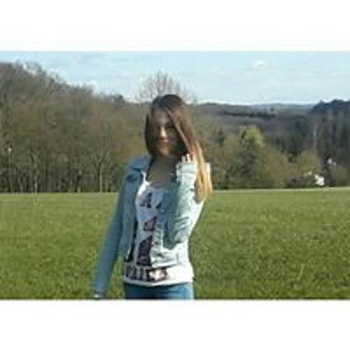 Charleen Jä's avatar