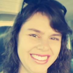 Luciana Alves Polydoro