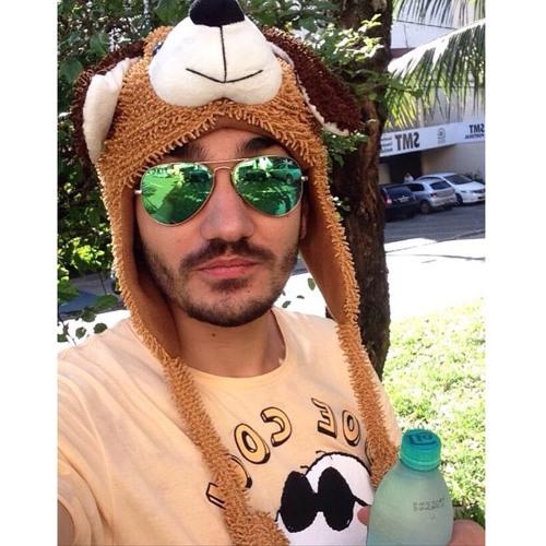 Felipe Tassinari's avatar