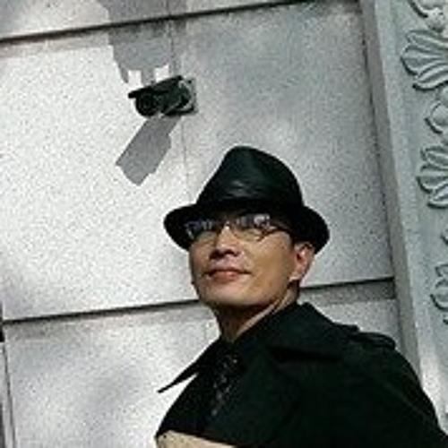 Yuli Chang's avatar