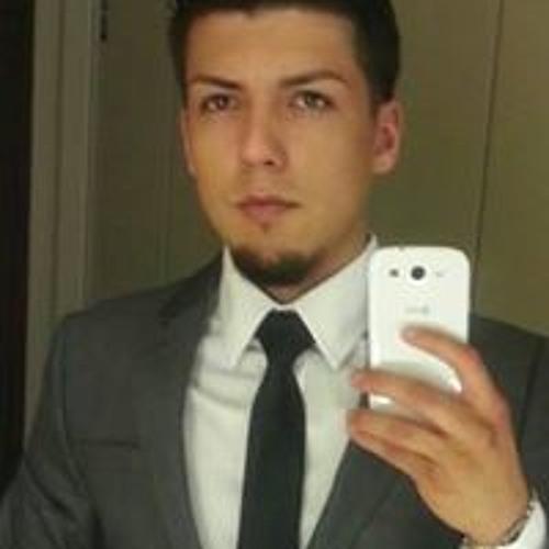 Samuel Cavazos's avatar