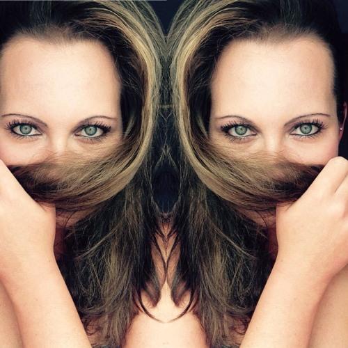 Ann Mss's avatar