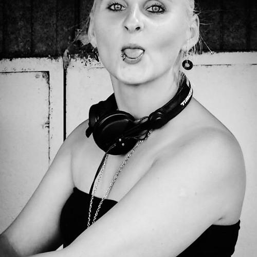 Sandra Liesche Official1's avatar