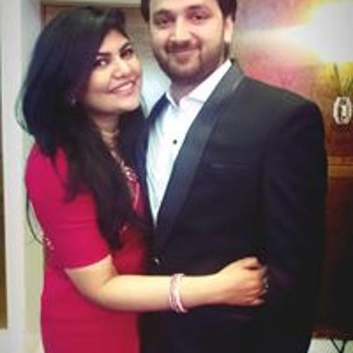 Hamna Hussain's avatar