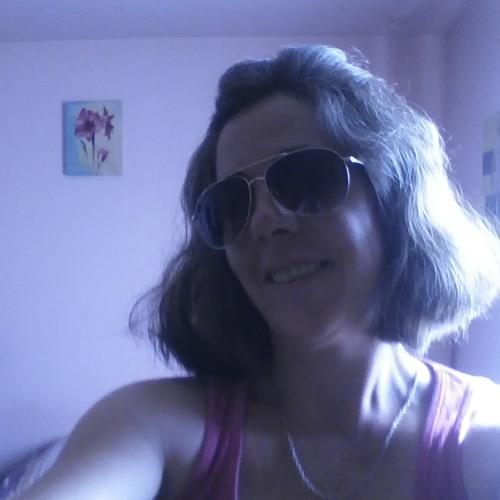 Lily Girard 1's avatar