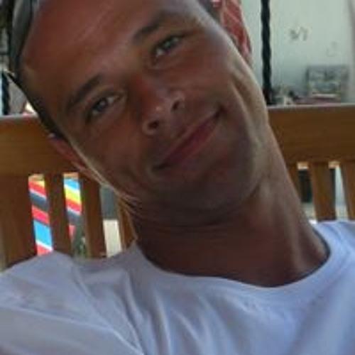 Vincent Wijnen Riems's avatar