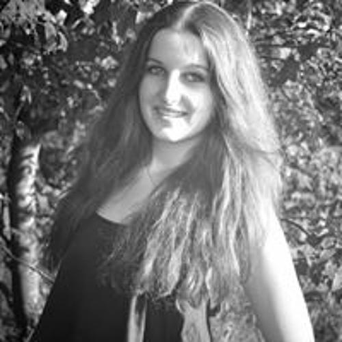 Anna Triches's avatar