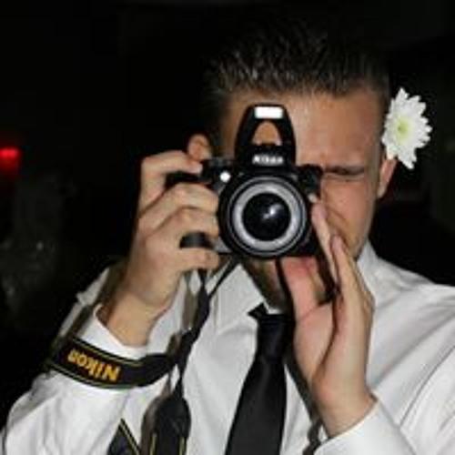 Esteban Cerna's avatar