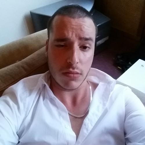 Brian Rodriguez 40's avatar