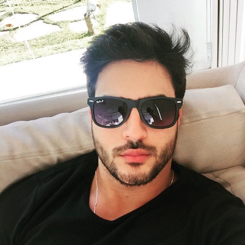 Fernando Menezes's avatar