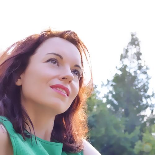 Cristina Imre's avatar