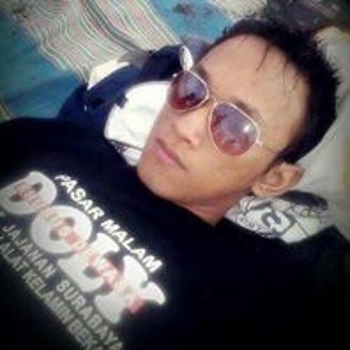 Kris Tian's avatar