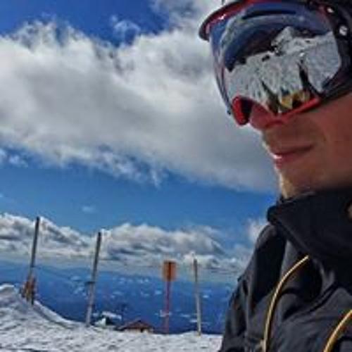 Ryan Earl's avatar