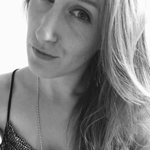 Jasmin Grb's avatar