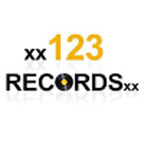 xx123Recordsxx's avatar