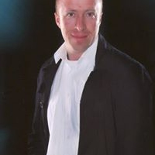 Carlos Morales's avatar
