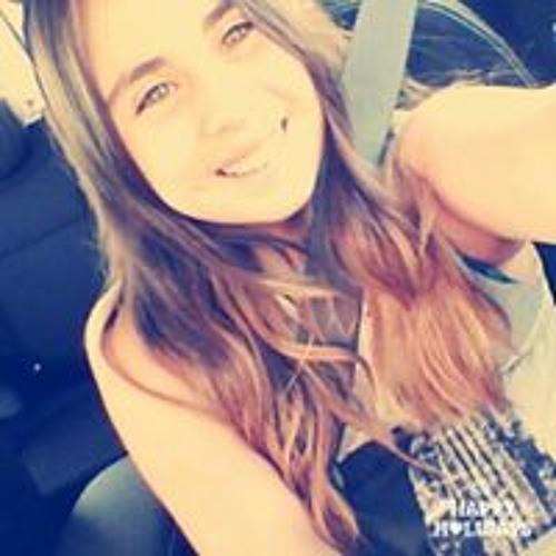 Victoria Alarcon's avatar