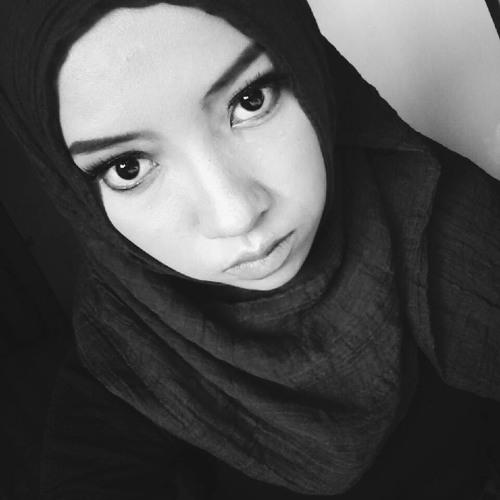 Alya Maulidana's avatar