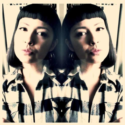 Natalie Ex's avatar