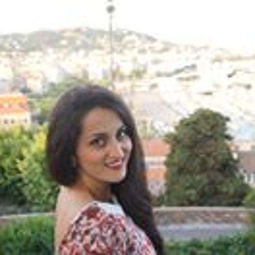 Sara Amad's avatar