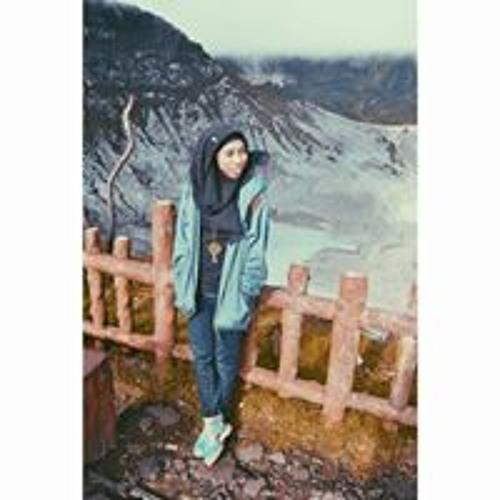 Almira Salwa's avatar
