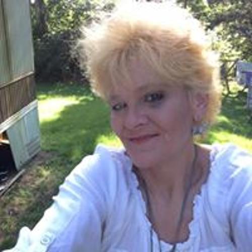 Betty JO Nickoles's avatar