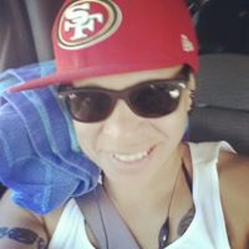 Vivian Mendoza's avatar
