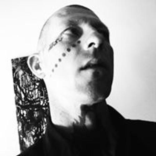 Shiloh Human(Gordon)'s avatar