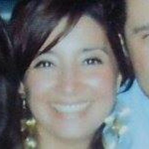 Karina Cordova Rojas's avatar