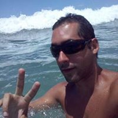 Rafael Zambrano's avatar