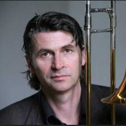 Uwe Dierksen's avatar