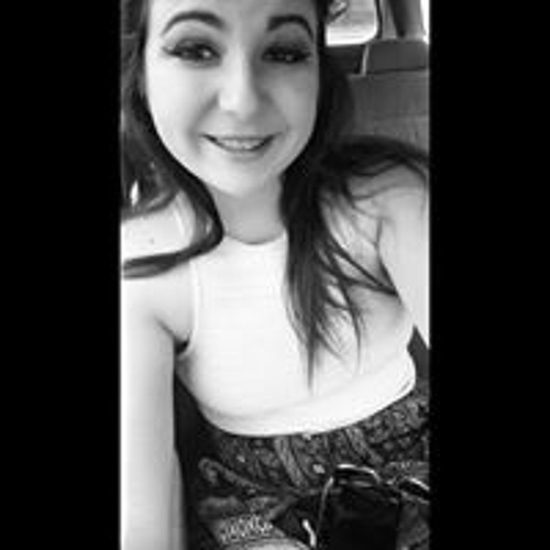 Ashlee Nicole McDaniel's avatar