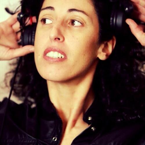 Carla da Costa's avatar
