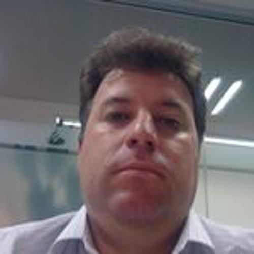 Celso Escorizza's avatar