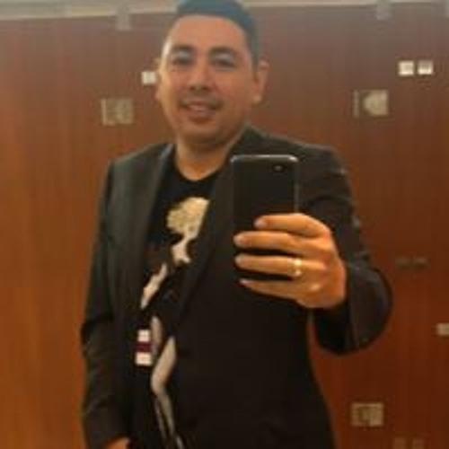 Carlos Hernandez Barbosa's avatar