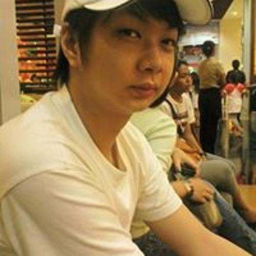 Willy Chen's avatar