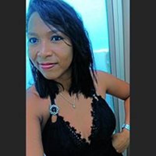 Mayra Batata's avatar