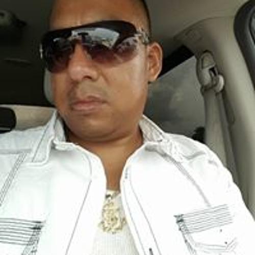 Elias Peinado's avatar