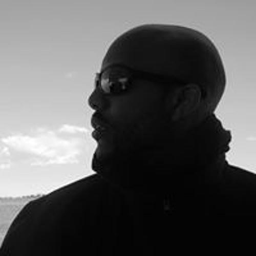 Rubis Clair Baz's avatar