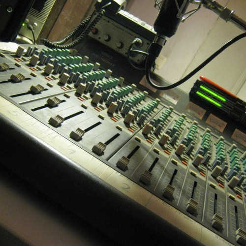 Radio Neverno's avatar