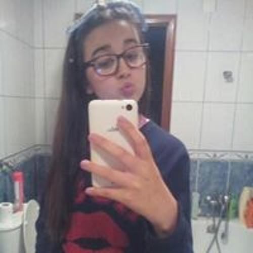 Luana Casbarra's avatar