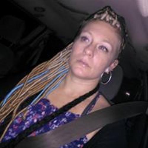 Lynzee Wilcox's avatar