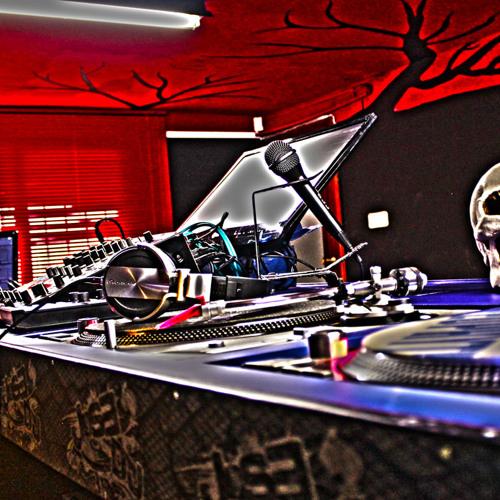 Jose DJ - Josh Studios's avatar