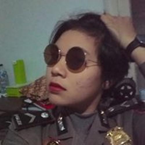 Suci Cakka Ray's avatar