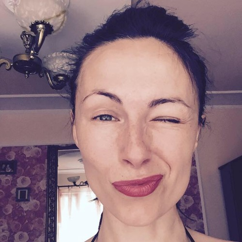 Lena Monroe's avatar