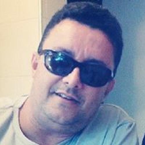 Ronaldo Jose's avatar