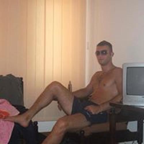 Mihart Mario's avatar