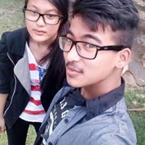 Khushee Shrestha's avatar