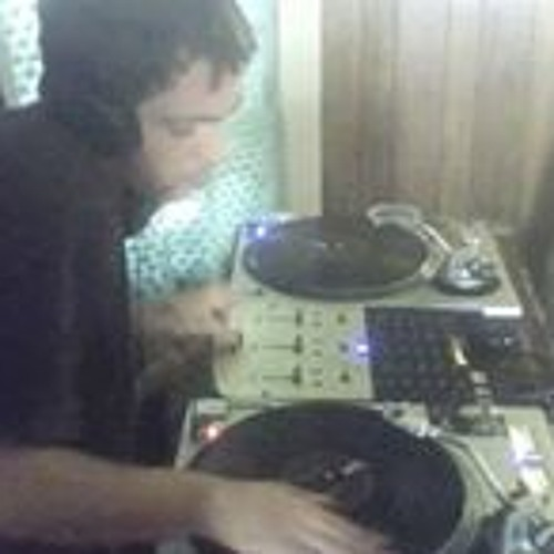 DJ Bobby Cuttz's avatar