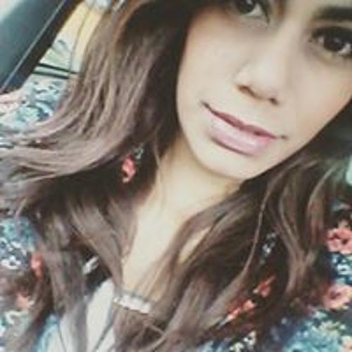 Angiie Alvarado's avatar